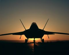 Tapeta ws_Jet_in_sunset_light_1280x1024.jpg